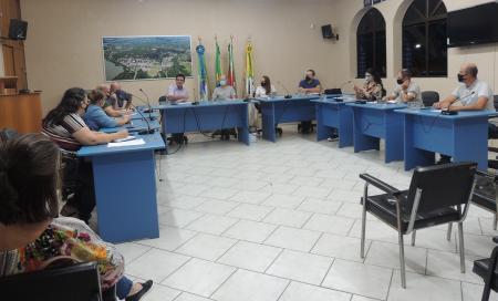 Vereadores recebem Secretários de Administração, Planejamento e da Saúde na Câmara
