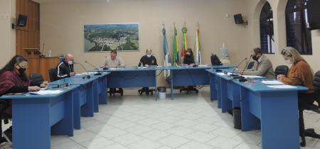 CCJ aprova cinco Projetos do Executivo